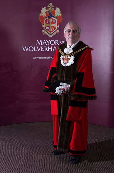 The Mayor of Wolverhampton, Councillor Barry Findlay